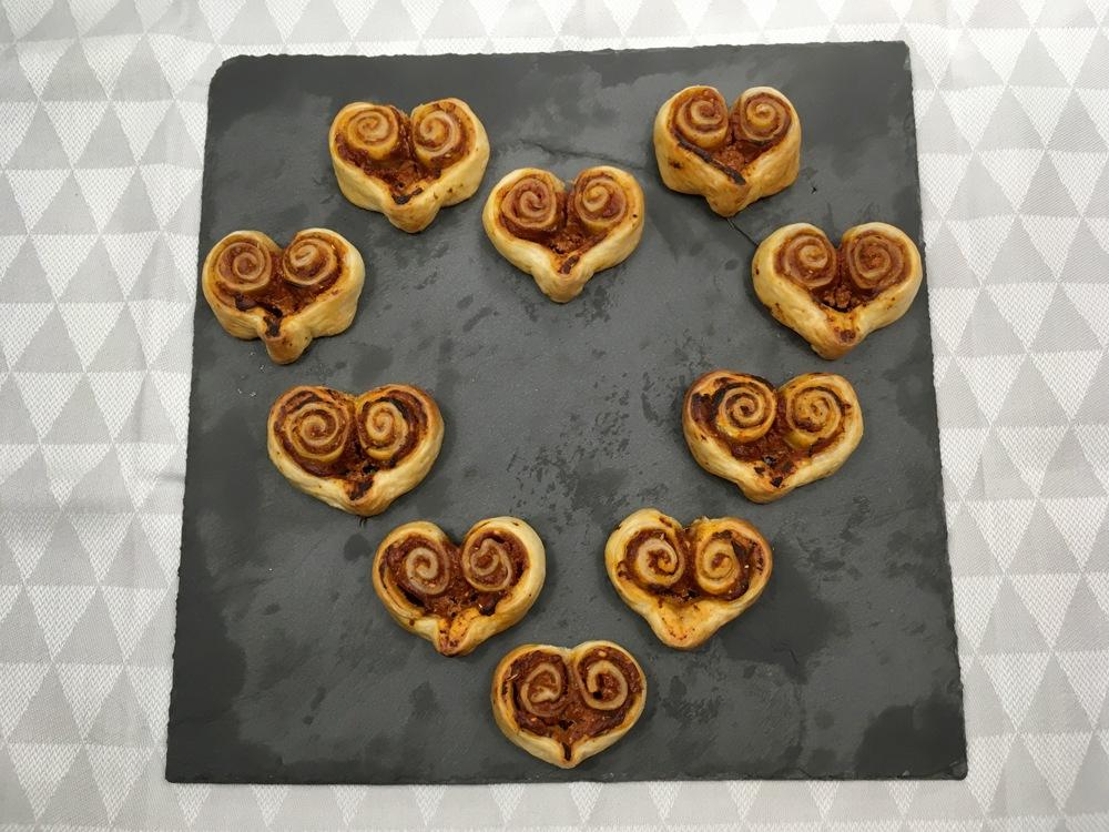 Coeurs feuilletés chèvre tomate pour la Saint-Valentin