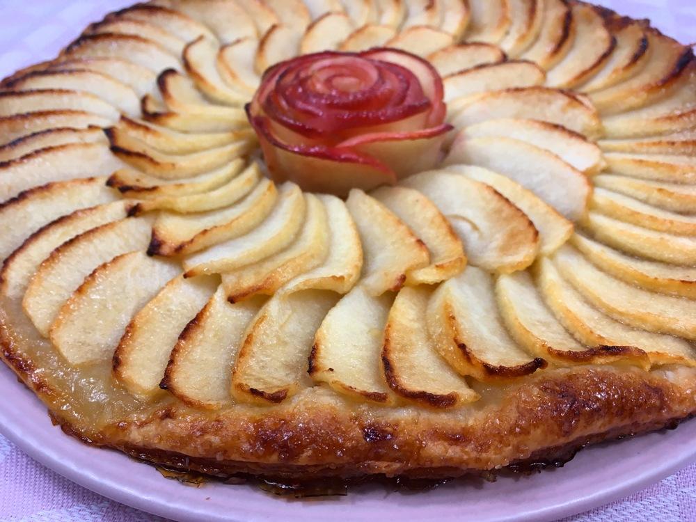 Tarte fine caramélisée aux pommes